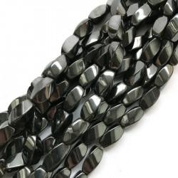 Hematyt baryłka 16x9mm czarny sznurek