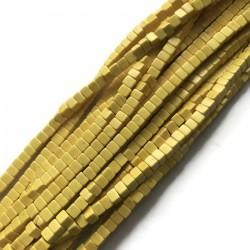 Turkus kostka 4x4mm żółty sznurek
