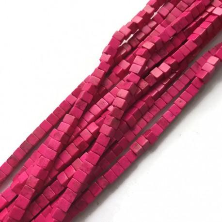 Turkus kostka 4x4mm różowy sznurek