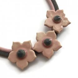 Naszyjnik z ceramiki kwiaty, różowy