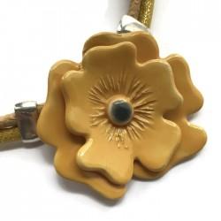 Naszyjnik z ceramiki Kwiat, żółty pastel SILVA