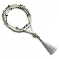 Naszyjnik ze szkła fasetowanego z chwostem, biały