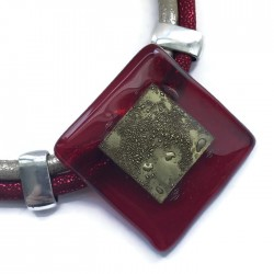 Naszyjnik szkło fusing czerwony ze złotym