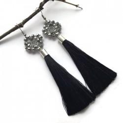 Kolczyki wyplatane ze szkła z chwostem, czarne ze srebrnym