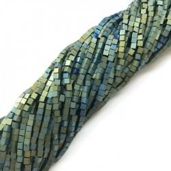 Hematyt kostka 2x2mm zielony sznurek