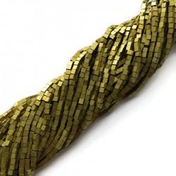 Hematyt kostka 2x2mm złoty sznurek