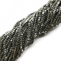 Hematyt kostka 3x3mm srebrny sznurek