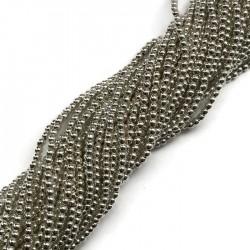 Hematyt kulka 2mm jasny srebrny sznurek