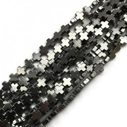 Hematyt krzyżyk gładki 10x10mm sznurek srebrny