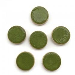 Kaboszon ceramiczny ze wzorem, koło 17mm, zielony