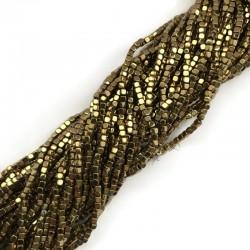 Hematyt kostka 2x2mm złota sznurek